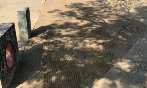 砂場メンテナンス